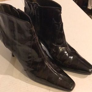 Mods Chocolate Brown Shiny Heeled Boots Sz 10